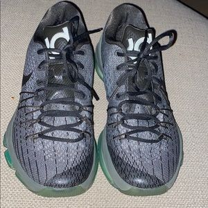 Kevin Durant 8 shoes